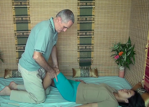 knee massage1