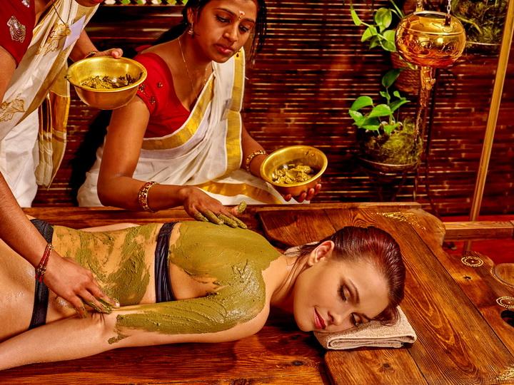 Ayurvedic mud treatment