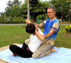 thai massage spinal twist