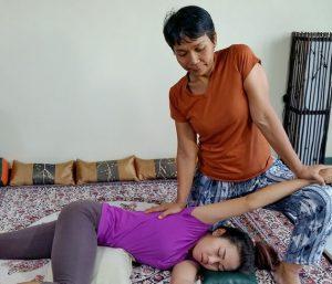 Thai Massage shoulder traction