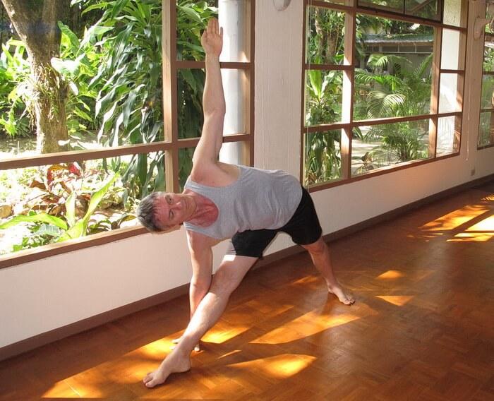Yoga sidebend