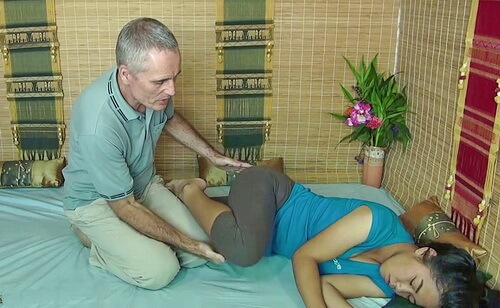 thai massage sciatica therapy