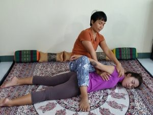 thai-massage-shoulder-stretch