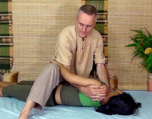 thai massage upper body twist